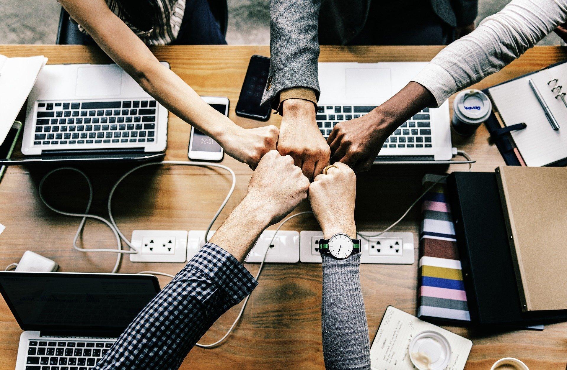 Cinco formas de motivar a tu equipo de trabajo - AdsPro